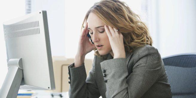Τρεις καθημερινές συνήθειες που επιδεινώνουν το άγχος