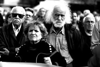 «Ψαλίδι» €1,6 δισ. σε συντάξεις και κοινωνικές δαπάνες