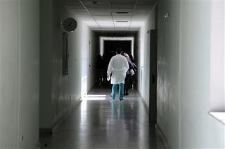 Με καθυστέρηση οι θεραπείες καρκινοπαθών σε πολλά νοσοκομεία