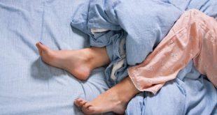 Σύνδρομο Ανήσυχων Ποδιών, με φαγούρα, σουβλιές, κάψιμο και ανάγκη συνεχούς κίνησης, τρέμουλο στα πόδια