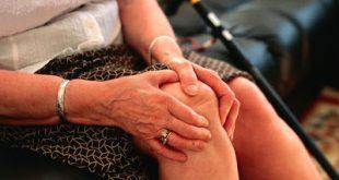 Ποια τα συμπτώματα και οι ενδείξεις της αρθρίτιδας και πώς να βοηθήσετε τον εαυτό σας;