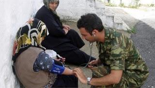Στρατιωτικοί γιατροί σε περιφερειακά ιατρεία και κέντρα υγείας