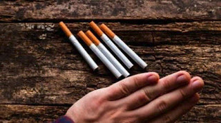 Αυστρία: Αμετακίνητη η κυβέρνηση στην απόφασή της να άρει την απαγόρευση του καπνίσματος στην εστίαση