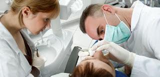 Πότε πρέπει να λαμβάνουν αντιβίωση οι οδοντιατρικοί ασθενείς