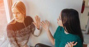Γιατί είναι καλό να έχεις φίλους που βρίζουν πολύ -Ψυχολόγοι εξηγούν τα πλεονεκτήματα