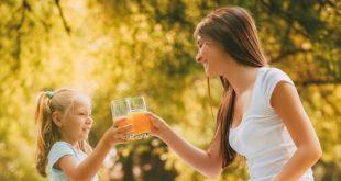 Ερευνα: Γιατί οι γονείς δεν πρέπει να δίνουν χυμό πορτοκαλιού στα παιδιά τους για πρωινό
