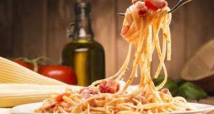 Το λένε οι ειδικοί: Οι γυναίκες που τρώνε πολλά ζυμαρικά έχουν πιο γρήγορα εμμηνόπαυση