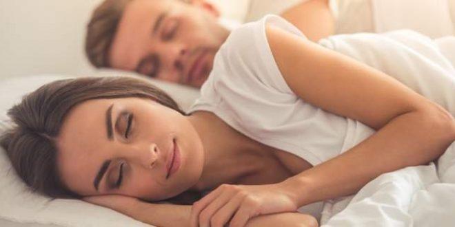 Το νούμερο ένα πράγμα που μπορείτε να κάνετε για καλύτερο ύπνο, σύμφωνα με ειδικούς