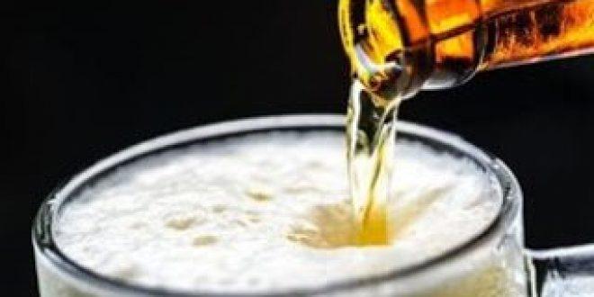 Μαζική έλλειψη διοξειδίου του άνθρακα που χρησιμοποιείται στα τρόφιμα, προβληματίζει την παραγωγή μπίρας
