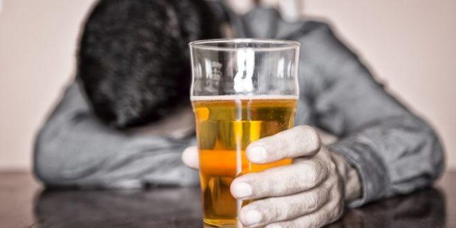 Ποια είναι η σχέση του αλκοόλ με τον καρκίνο