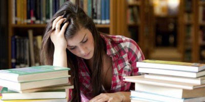 Στo άγχος των εξετάσεων μπορεί να οφείλεται πονοκέφαλος, ταχυκαρδίες, συχνοουρία, θυμός, βήχας, καούρες, πόνος στο στομάχι, αϋπνία