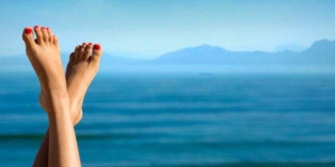 Τι μαρτυρούν για την υγεία σας τα σημάδια στα νύχια