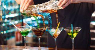 Πέντε καλοκαιρινά ποτά με πολλές θερμίδες
